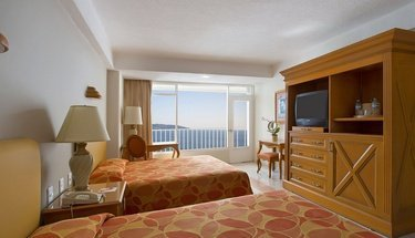 Double room with sea view. Krystal Beach Acapulco Hotel Acapulco