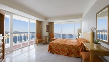 King room with ocean view Krystal Beach Acapulco Hotel Acapulco