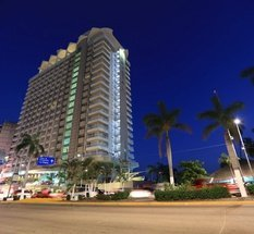 Facade Krystal Beach Acapulco Hotel Acapulco
